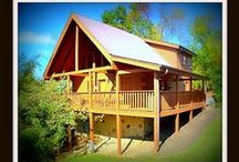 Pure Country / 3 BR / 3 BA / Sleeps 6-12 / Pool Table / Hot Tub / Wifi / Fireplace / Jacuzzi Tub /  In Pigeon Forge