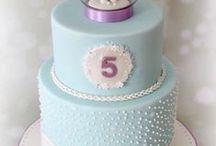 kids birthday cakes/cupcakes / by Eunice Bush