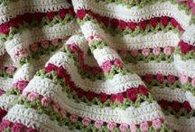 Alles, was man aus schöner Wolle häkeln kann... / Häkeltaschen, Grannysquares und andere Häkelideen