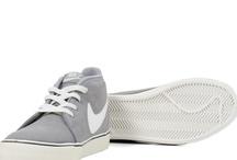 Nike Toki Man