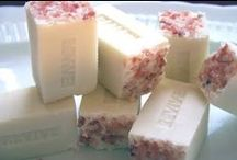 Crafts: Squeaky Clean-Soaps / How to make your own and inspirationals / by Fenneke Kortenbach