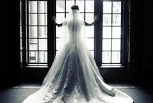Old Hollywood Glamour / A graceful and stylish, yet classic and poised romance inspired by the classics of cinema.