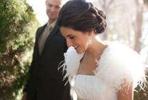 Decoración de boda con plumas