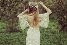 Woodland Botanical Bohemian / Florals and forests for an elegant, whimsical wedding / by Lucky Luxe