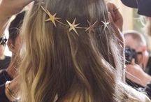Hair / Hair styles, hair tutorials, braids, buns, beach waves, long hair, short hair, lob hairstyles, lob cuts, short haircut, hair inspiration, easy hairstyles, cool girl hair, California hair style, celebrity hair style