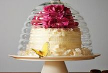 Cake Stands / by Cher Cutone