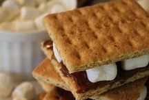 S'mores, S'mores and more S'mores / by Shannah @ Just Us Four