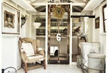 barn houses / by Ode To June