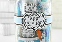 Gift Ideas for Everyone You Know / Cute gift ideas - handmade gift ideas, store-bought gift ideas, gift baskets and gifts-in-a-jar.