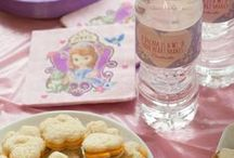 Disney Party Ideas / Disney party ideas, Disney party favors and Disney-themed snacks