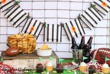 Perfect Party Planning / Tips and tricks for planning the perfect party for adults. Cocktail recipes, party food ideas, party decorations and party games for adults.