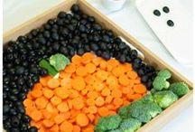 Fall Food Favorites / Fall food favorites - best treats for Fall, comfort food, and pumpkin recipes!