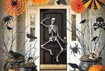 Halloween Decor / Spooky Halloween decor for the home.