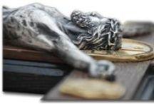 Handmade Icons / http://SilverArtStudio.com -   Наша творческая мастерская была создана в 2007 году группой народных мастеров. Мы производим и реализуем различные художественные работы в металле: настенные панно, настольные сувениры, православные иконы, кресты и распятие, геральдику. Все изделия изготовлены из меди методом гальванопластики с гальваническим покрытием драгоценными металлами.