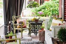 Terrazas y jardines - Porchs, Terraces and Gardens