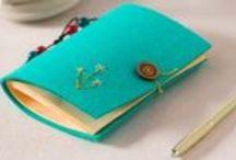 Kitap, Defter Kılıfları ve Ayraçlar ❤ Bookmark / Kitap, defter kılıfları ve ayraçların yapımına dair fikirlere ulaşabilir, malzemeler için Hobium.com'u ziyaret edebilirsiniz. ❤ For various bookmark making materials please visit Hobium.com