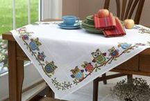 Masa Örtüleri ❤ Table Cloth / Masa örtülerinin yapımına dair fikirlere ulaşabilir, malzemeler için Hobium.com'u ziyaret edebilirsiniz. ❤ For various table cloth making materials please visit Hobium.com