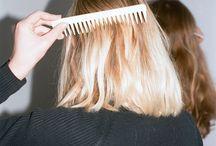 hair —>