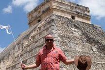 Meksyk z Haxelem / Jukatan to jedno z najpiękniejszych miejsc na świecie. Plaże pokrywa biały chłodny piach, morze ma piękny intensywny kolor, a przy brzegu pod wodą kryje się jedna z największych na świecie raf koralowych. Wnętrze półwyspu skrywa prawdziwe skarby - pamiątki po cywilizacji Majów - setki stanowisk archeologicznych, ruiny miast, piramidy, świątynie.