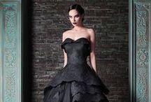 Black wedding Ideas / Black wedding ideas and inspiration. Because black is the new black :)