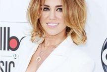 Miley Cyrus - Billboard Music Awards 2012 / by Magui Serrudo