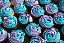 Cakes/cupcakes/cookies
