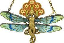 Art Nouveau Jewelry / by Dolores Fernandez