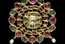 ANTIQUE INDIAN JEWELRY / by Dolores Fernandez