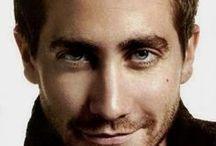 Jake Gyllenhaal make me smile :)