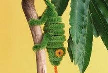 Children's craft using pipe cleaners