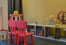 Ronald McDonald Huiskamer Zuidoost-Brabant / In Ronald McDonald Huiskamer Zuidoost-Brabant in MMC Veldhoven kunnen kinderen even vergeten dat ze ziek zijn. Ze kunnen er samen met hun ouders, broertjes en zusjes even weg uit de ziekenhuissfeer. Voor het hele gezin is de Huiskamer een plek om tot rust te komen en te spelen.