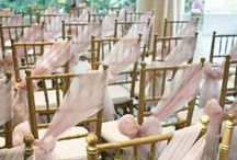 Wedding Ceremony Ideas / The ceremony is the most personal part of the wedding day, and lays the foundation of your future together and gets your guests excited to celebrate with the new Mr. and Mrs!  This is a roundup of our favorite wedding ceremony looks for both indoor and outdoor wedding ceremonies.