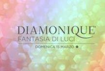 Diamonique, Fantasia di Luci / I gioielli più amati di QVC sono protagonisti di Diamonique, Fantasia di Luci, un'intera giornata ricca di novità e grandi rientri.