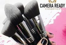Makeup Brushes / Only the best beauty makeup brushes from brands like Sigma, Royal & Langnickel, Bdellium and more!