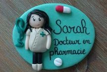 accessoires pour pharmaciens / vêtement, étiquette nominative, accessoires pour les pharmaciens