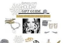 Holiday Gift Guide / Looking for something special this Holiday season?! Give the PERFECT gift with our Holiday gift guide!