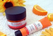 Vitamin C Skincare / Hydrate and enhance your skin's natural radiance with Vitamin C facial serums and moisturizers. There are many benefits of Vitamin C Skin Care including: collagen production, improved skin elasticity and protection against damaging environmental aggressors.