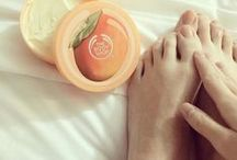 Foot Care / The Body Shop's foot care range include softening foot creams, reviving soaks and cooling sprays to keep your trusted travel companions ready and prepared for any journey, no matter how far you're going. Use our foot care products to treat dry feet with the Hemp range, tackle rough areas with our foot files and help refresh tired toes with an Intensive Peppermint Foot Cream.