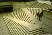 Subir   Descer  / Escadas