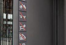 Pictogram-Symbool / Pictogrammen zijn simpele en herkenbare afbeeldingen, die ervoor zorgen, dat iemand de boodschap ervan herkent!  Naast alle wettelijk vastgestelde Veiligheidspictogrammen, zijn er ook vele andere soorten pictogrammen, die gelden als Grafisch Symbool. Op dit bord 'pinnen' we regelmatig opvallende en bijzondere 'pictogrammen', die we tegenkomen!