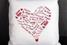 Valentinstags Geschenke / Geschenke und Geschenkideen zum Tag der liebenden dem Valentinstag (http://www.geschenke-online.de/valentinstagsgeschenke). Jedes Jahr am 14. Februar ist es wieder so weit und der Valentinstag macht tausende Menschen glücklich.
