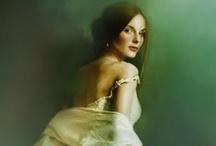 Małgorzata Maj / Małgorzata Maj (Sarachmet), an illustrator & photographer, dark romantic, unsuccessful lucid dreamer, an occasional costume designer.