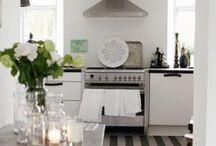 Toef Wonen Kitchen & Table