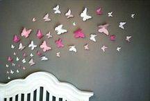 Baby inspiratie   vlinder / Welkom klein meisje, laat jouw leven zijn als een onbezorgde vlinder. Laat je meevoeren door de wind! Voor jou maken wij met zorg een babykamer. Met bijpassend geboortekaartje.