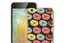 iPhone Decals Stickers / Adesivi per iPhone disponibili per tutti i modelli in commercio. Ispirati ad illustrazioni celebri, temi di attualità, film e cartoon. Semplici da rimuovere, non lascia alcun tipo di residuo colloso sulla superficie del tuo dispositivo Apple.