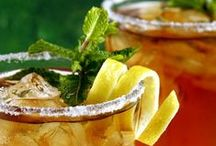 Ice Tea Recipes / Ice tea is perfect for those hot summer days, so here you can find fresh and amazingly delicious ideas on how to prepare your own ice tea at home.