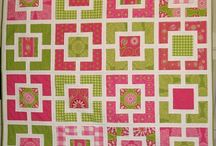 Quilt Bee 2014 / Garden Fence block - colour options.
