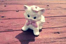Vintage Cute ~ Kitty Cats / by Jobie Lyne Christy