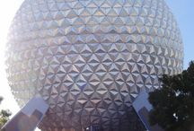 Epcot / Walt Disney's World's Epcot - Tips, tricks, attraction and restaurant reviews