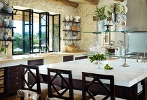 Coastal Kitchens / Infusing the beauty and ease of life at the coast can be a key component of designing a coastal home. Kitchens are often the heart of the home, combining amazing views and luxurious materials that withstand the elements of sun and salt air. |  www.cdgdesign.com